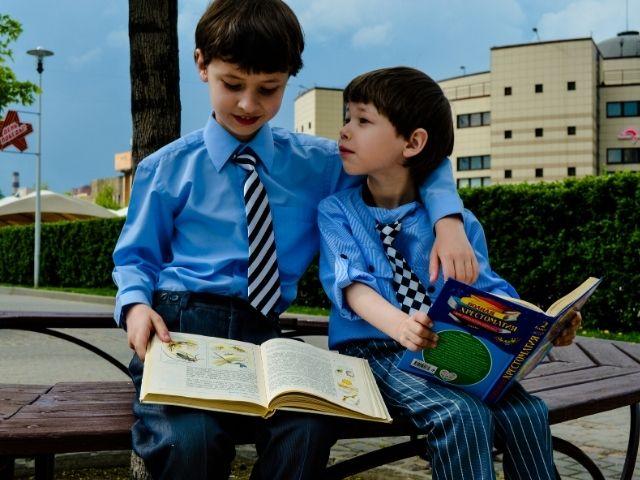 子どもが自分から本を読むマル秘作戦